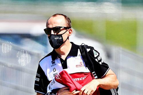 """Kubica, Ferrari'nin motor tarafında """"iyi bir adım attığını"""" düşünüyor"""