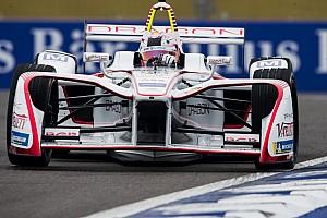 Формула E Новость Mercedes сделала своего протеже тест-пилотом в Формуле Е