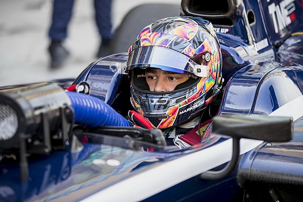 Markelov se lleva la última pole de la F2 de 2017