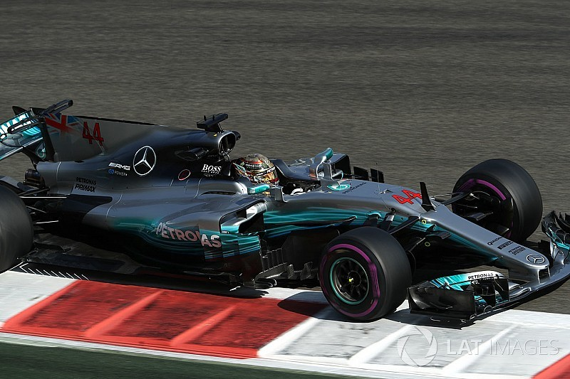 Abu Dhabi GP: Hamilton leads Bottas as Mercedes dominates FP3