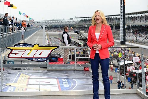 Fox adds two new hosts for its 'NASCAR Race Hub' show