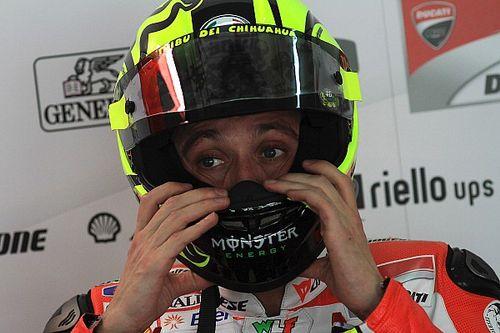 Suzuki intentó fichar a Valentino Rossi a través de Facebook