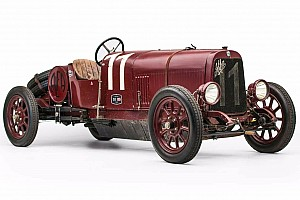 Automotive Breaking news First ever Alfa Romeo model is heading to auction