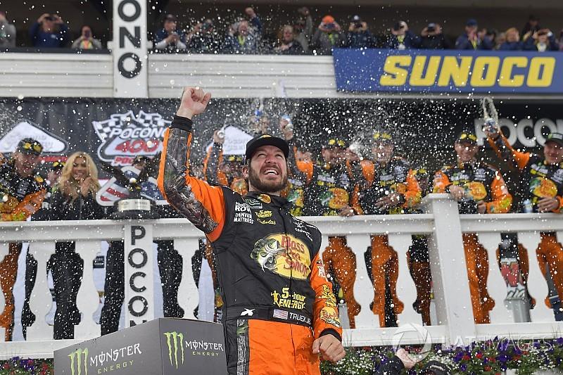 NASCAR Cup Series Pocono: Truex rengkuh kemenangan kedua