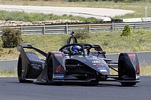 Формула E Новость Масса проехал 800 км на тестах новой машины Формулы Е