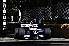 Vintage La Williams-BMW FW26 de Juan Pablo Montoya en démo à Goodwood