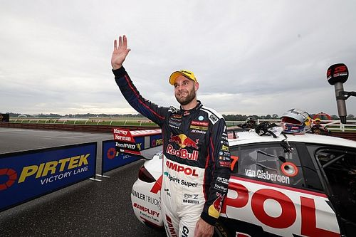 Van Gisbergen Raih Bathurst Triple Crown