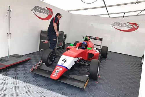 Biliński szybki w British F3