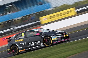 BTC switches to new-gen Civics for 2019 BTCC season