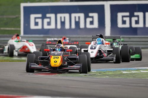 Североевропейская Формула Renault закрылась и обвинила в этом FIA