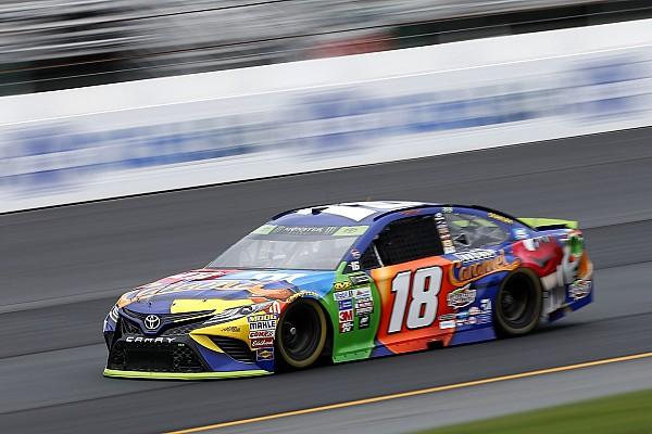 NASCAR Cup Kyle Busch in pole nel New Hampshire davanti a Larson ed Hamlin