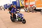 MotoGP Хромающий чемпион. Как Росси пытается выступать со сломанной ногой
