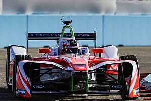 Formula E Reporte de la carrera Fórmula E: Rosenqvist arrebata la victoria a Di Grassi