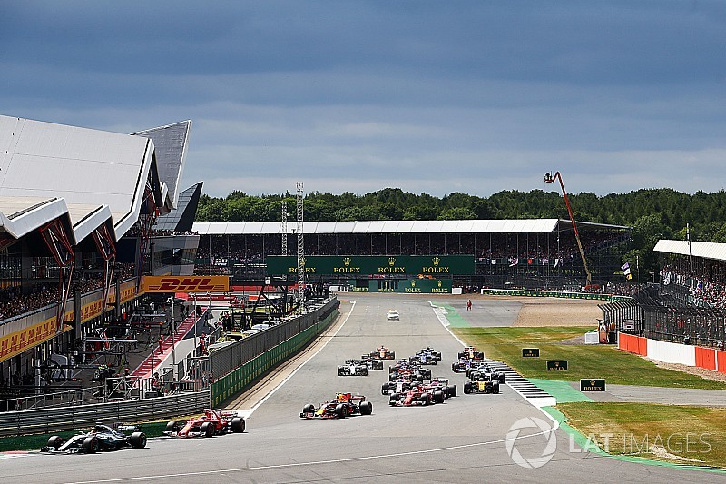 Vettel cree que el DRS podría dividir más la parrilla en Silverstone