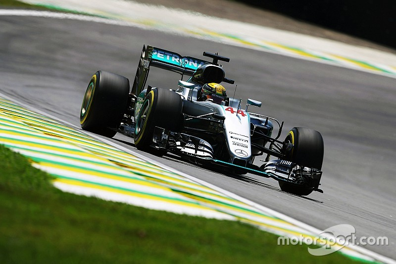Brazilian GP: Hamilton stays on top in FP2, McLaren hits trouble