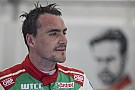 WTCC Portugal WTCC: Michelisz tops FP1, Coronel crashes into fire truck