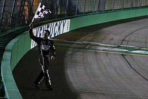 NASCAR Cup Reporte de la carrera Truex triunfa en Kentucky con una actuación dominante