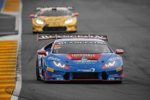 Lamborghini Super Trofeo Gara Postiglione vince Gara 1 della Finale Mondiale Lamborghini di Valencia