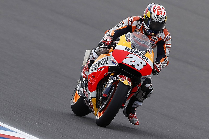 Педроса показал лучшее время в дождевой тренировке Гран При Испании
