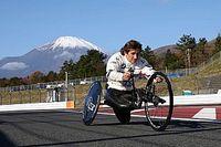 Perícia determina que estrada e handbike não influenciaram acidente de Zanardi