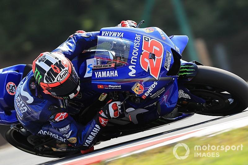 Silverstone, Libere 1: squillo Yamaha con Vinales e Valentino davanti alla Ducati di Dovizioso