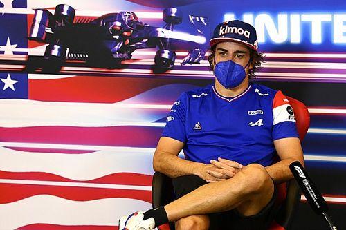 """Alonso: """"Her yarış daha iyiye gidiyoruz"""""""