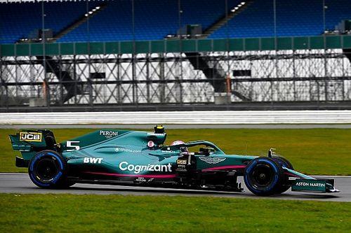 Vettel és Stroll pályára vitte az Aston Martint! - Galéria