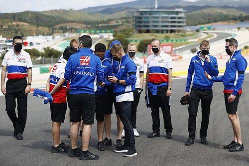 Haas F1: es injusto que nuestra gente no pueda volver a casa por COVID