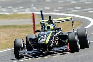 Другие Формулы Отчет о гонке Норрис стал чемпионом серии Toyota Racing