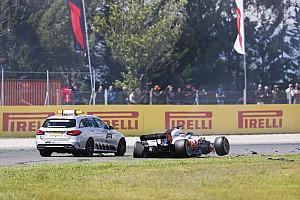 Forma-1 Motorsport.com hírek Kommentár nélküli videón a becsapódások a Spanyol Nagydíj rajtja után