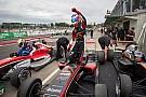 Formulewagens: overig Verschoor wint in Feilding, spanning in titelrace groeit