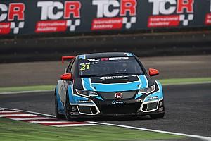 TCR Prove libere Europe Trophy, Libere 1: Giacomo Altoè precede Tarquini per un soffio