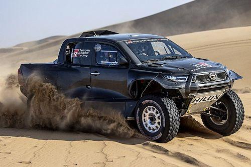 Toyota reveals revamped Hilux 4x4 ahead of 2022 Dakar Rally