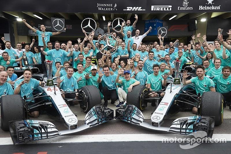 Chefe espera que Mercedes não perca fãs por vitórias em série