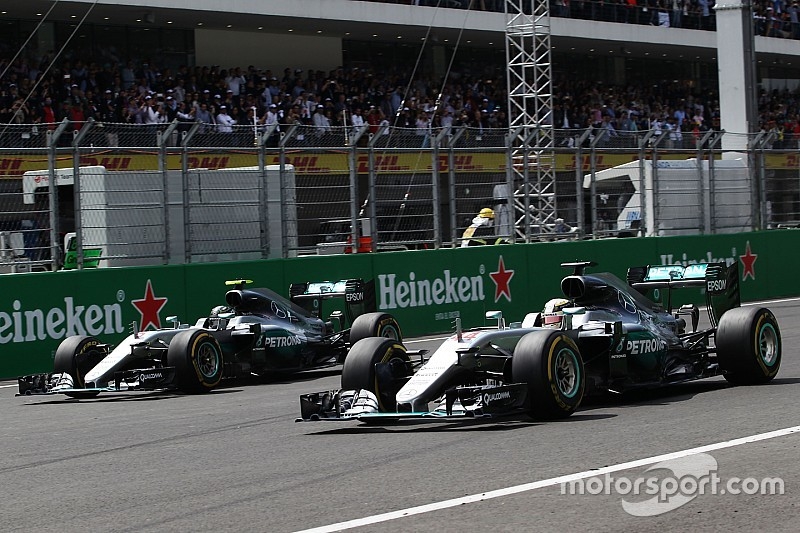 "Hulkenberg says stewards ""bent the rules"" for Hamilton at Turn 1"