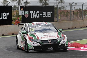 WTCC Race report Morocco WTCC: Hondas dominate as Huff heads 1-2-3