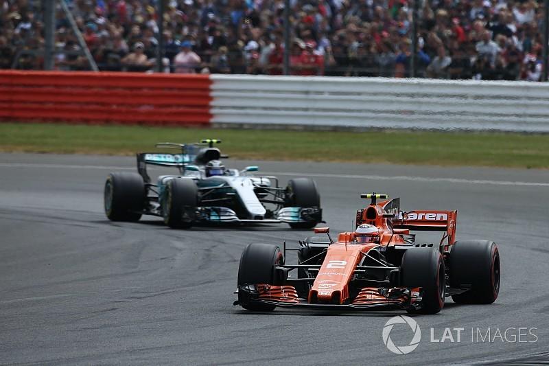 Ni Mercedes ni Ferrari desean proveer a McLaren en 2018
