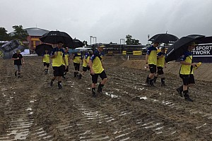 MXGP Verslag vrije training Regenval teistert WK motorcross: Herlings rijdt tweede tijd