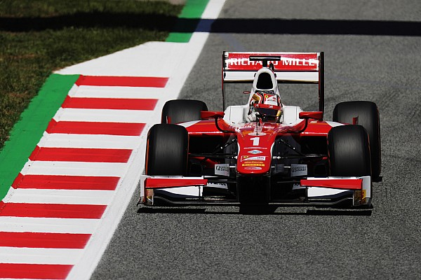 FIA F2 Barcelona F2: Leclerc bags pole with last-gasp lap