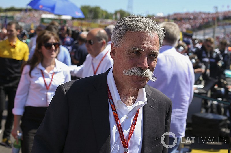 Carey's salary based on F1's financial results, says Liberty