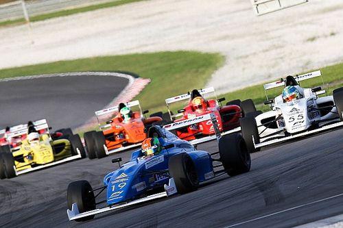 Sepang Formula 4 yarışında hiçbir araç yarışı bitiremedi