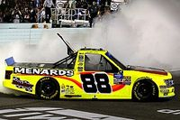 Champion ohne Saisonsieg: Matt Crafton holt NASCAR Truck-Titel 2019
