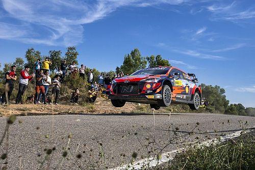 WRC Spain: Neuville in command as Ogier fights back