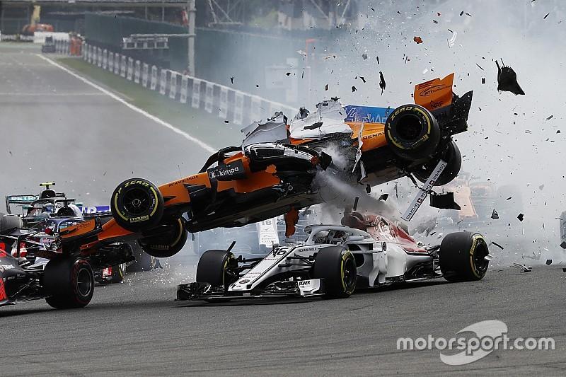 Alonso begrijpt niets van fout Hülkenberg bij start Spa