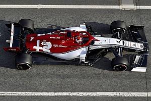 Onboard videó Räikkönen köréről Barcelonából: tapad az Alfa Romeo