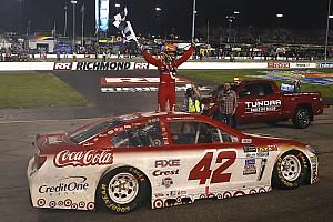 NASCAR Cup Gara Kyle Larson vince a Richmond in un finale caotico