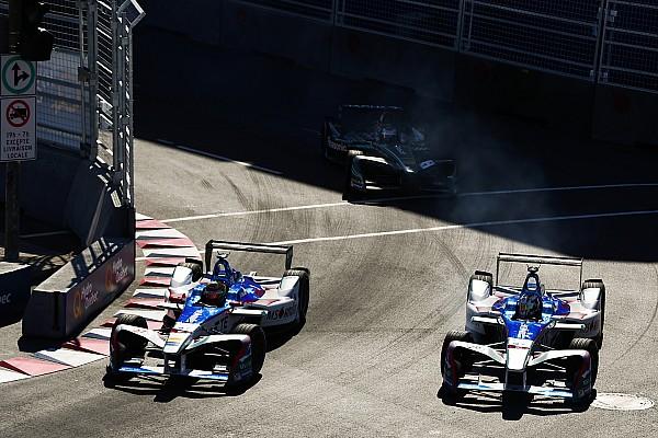 Autó Motorsport.com hírek Az Aston Martin is a Formula E-ben köthet ki