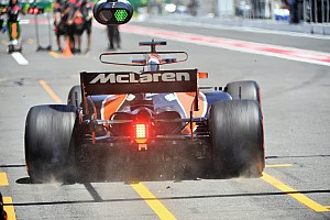 Formel 1 News Neuer Tiefpunkt bei McLaren: Alonso in Baku um 40 Plätze strafversetzt