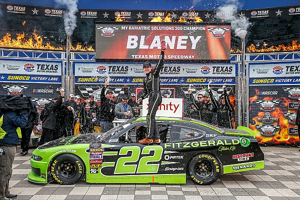 NASCAR XFINITY Relato da corrida Blaney domina e vence etapa do Texas da Xfinity Series