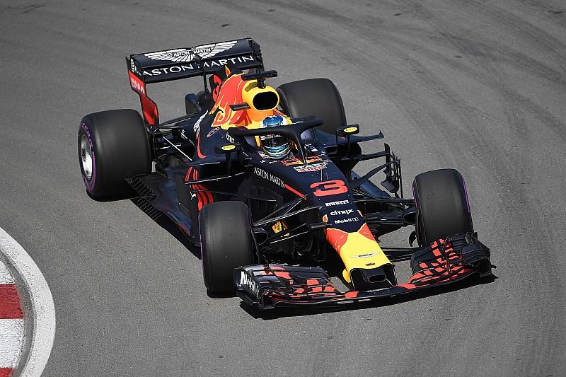 Ricciardo, Verstappen'in ayarlarına geçerek farkı kapatmış
